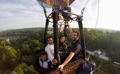 Hot air balloon family trip