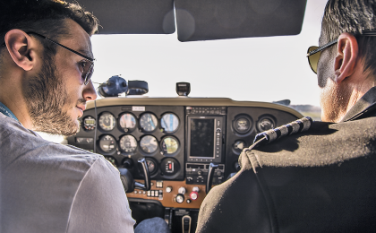 Learn to fly - pilot training Prague