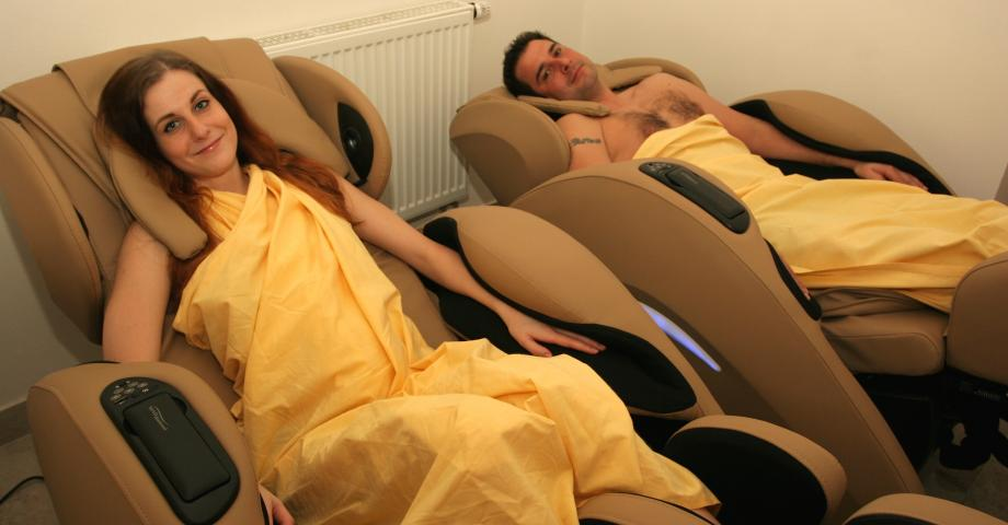 Zero Gravity massage chairs+heating