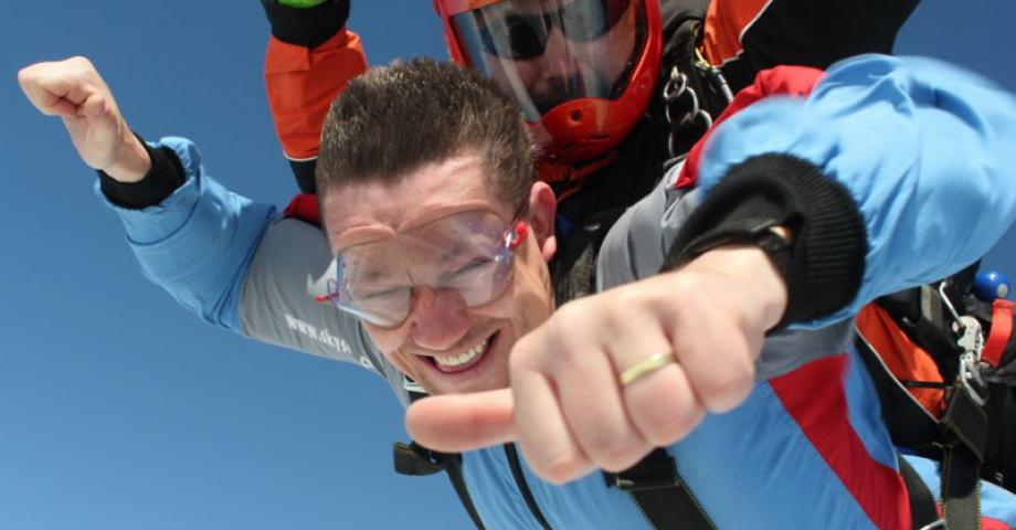 Tandem skydiving Prague
