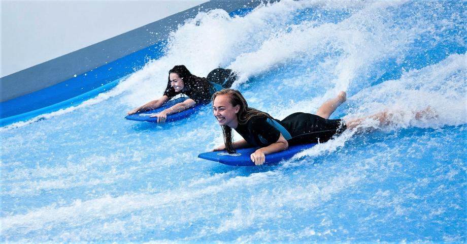 Indoor surfing arena Prague
