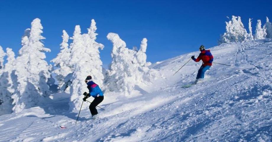 Snowboarding or skiing near Prague