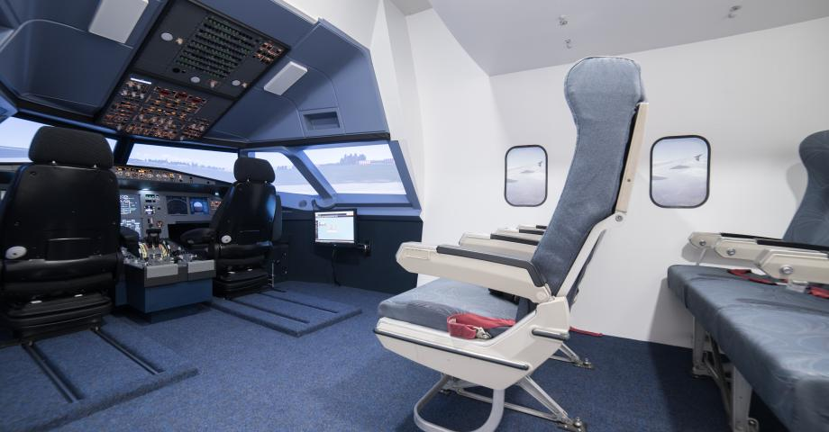 Airbus A320 flight simulator
