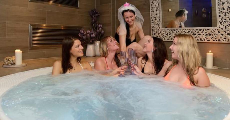Bachelorette party in whirlpool