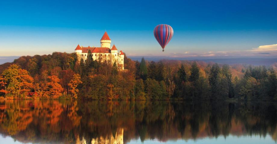 Hot air balloon romantic flight - Chateau Konopiste