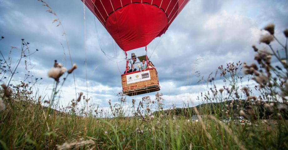 Hot air balloon romantic flight